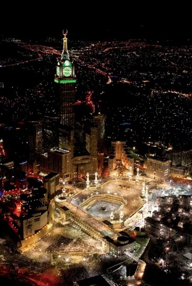 الحرم المكي ليلا #مكة