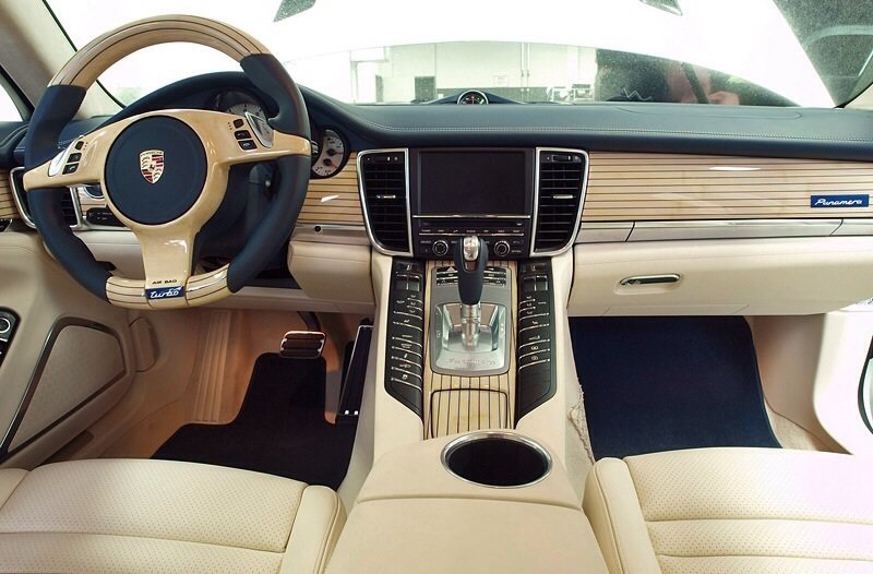 Porsche Panamera Turbo Edo Competition Mody Dick - interior shot