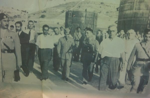صورة جلالة #الملك_حسين في مصانع الاسمنت #الفحيص #الأردن #تاريخ