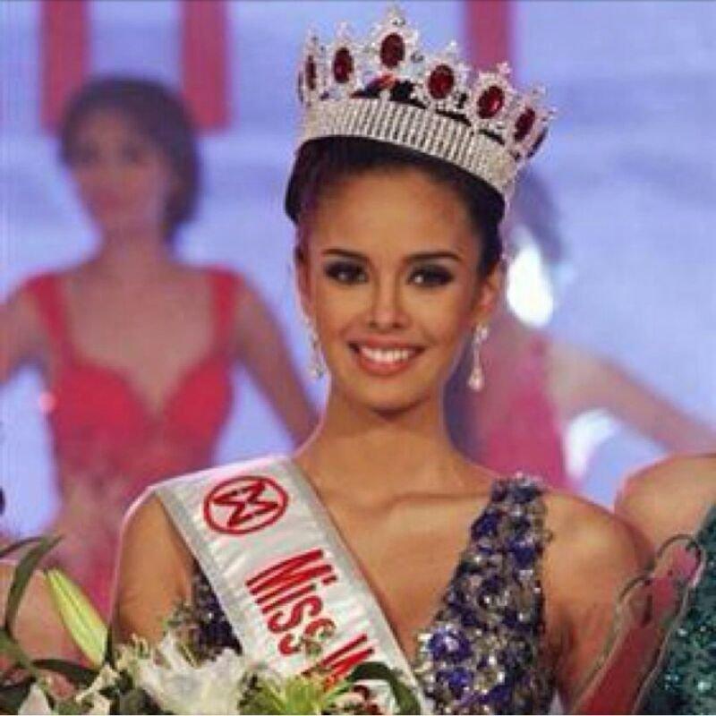 تتويج الفلبينية ميجان يونج #ملكة_جمال العالم لعام 2013