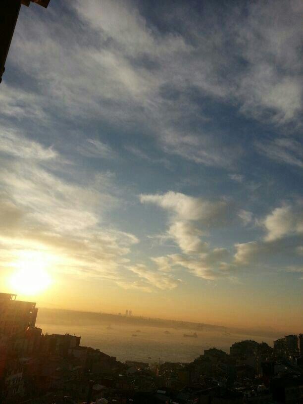 شروق الشمس العجيب على البوسفور