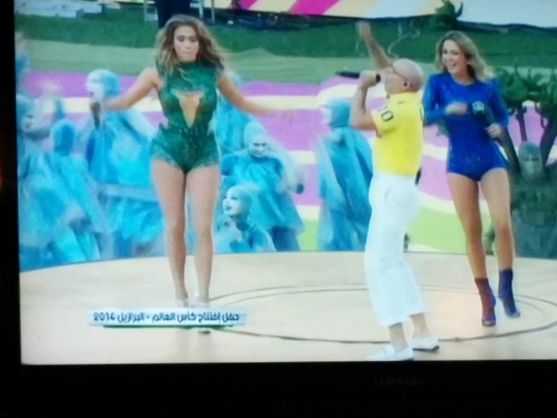 لقطة لجينفر لوبيز في افتتاح كأس العالم
