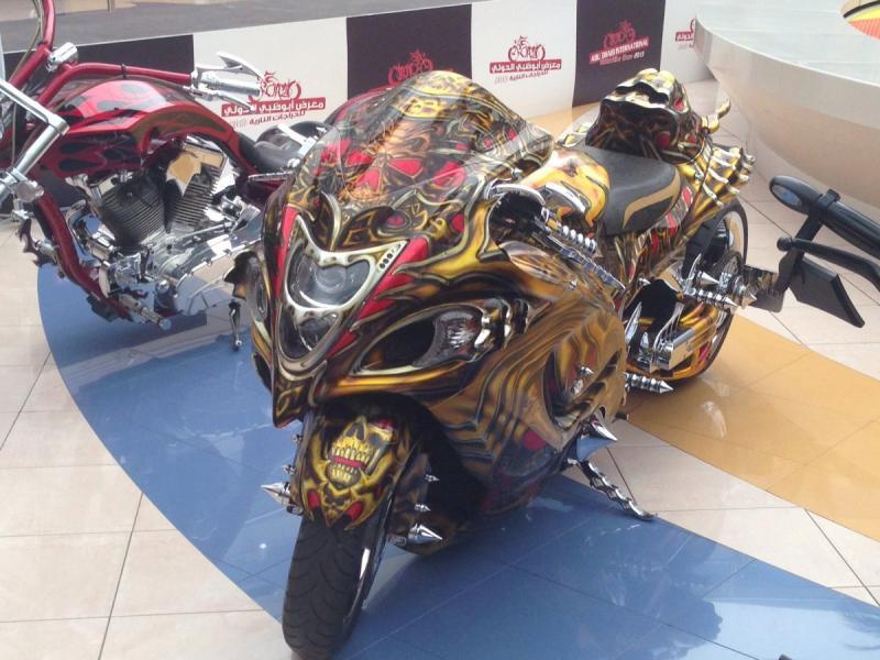 دراجات نارية بتصاميم مبتكرة في المارينا مول #أبوظبي صورة 6