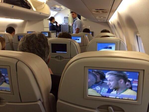 الطيران البرازيلي يبث مباريات المنتخب على جميع رحلاته #كأس_العالم