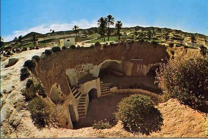 مدينة مطماطة في تونس المبنية تحت الارض