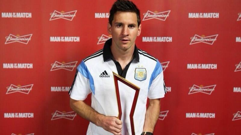 ليونيل ميسي اللاعب الأفضل في مباراة الارجنتين و سويسرا #كأس_العالم