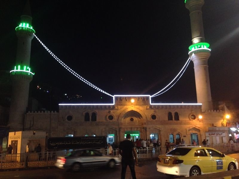 المسجد الحسيني وسط البلد عمان