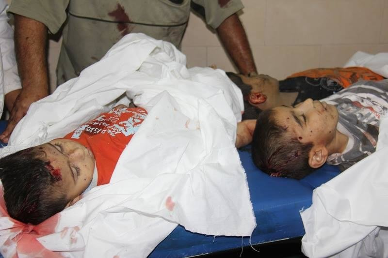 اربع شهداء في قصف شارع النفق في غزة #غزة_تحت_القصف منهم 3 اطفال