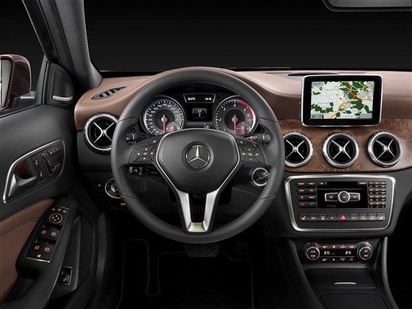 مرسيدس GLA 2015 #سيارات من الداخل