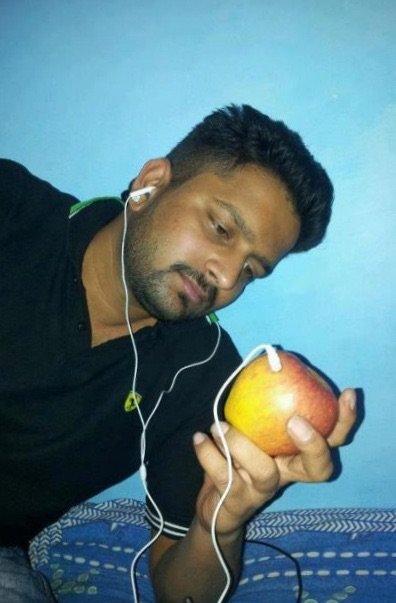 اطلاق اول هاتف #Apple في الهند