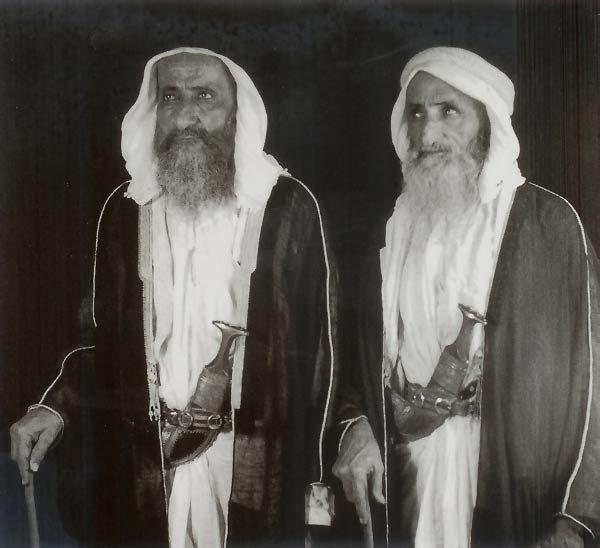 الشيخ سعيد والشيخ جمعة بن مكتوم آل مكتوم