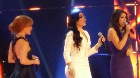 """النجمة هيفاء وهبة تخطف قلب الجمهور بأغنية \""""يلا مع بعض\"""" وتشاركها كنزة وابتسام #HaifaInStarac #StaracArabia  #خلي_نجمك_يلمع"""