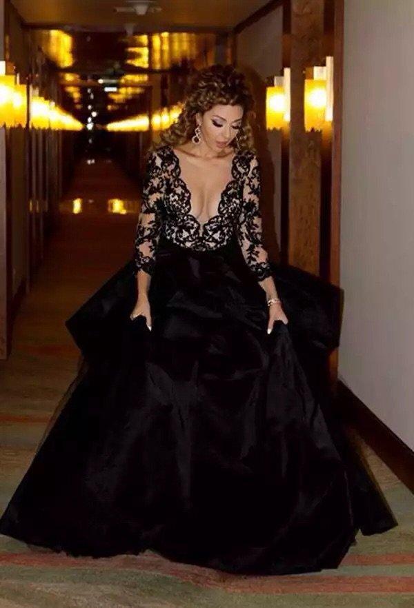 #ميريام_فارس تحيي حفل زفاف في مصر بفستان أسود رائع #مشاهير - صورة ٤
