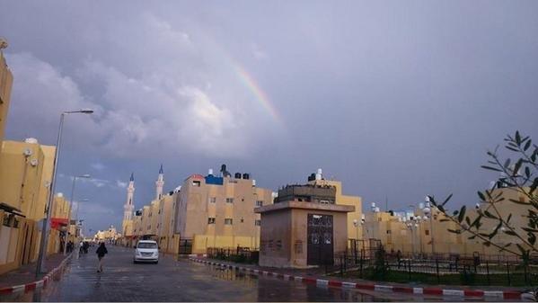 """صورة جميلة للجو الماطر قبل قليل ل \""""الحي السعودي\"""" بمدينة رفح جنوب قطاع #غزة"""