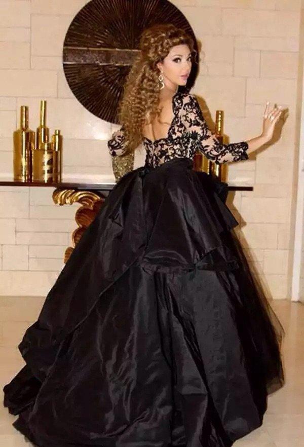 #ميريام_فارس تحيي حفل زفاف في مصر بفستان أسود رائع #مشاهير - صورة ٣