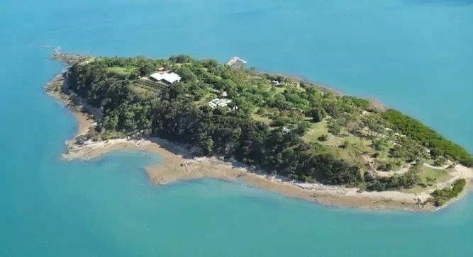 جزيرة Turtle Island في استراليا وستشتريها #كيم_كارداشيان بخمس ملايين دولار لابنتها -صورة ١-