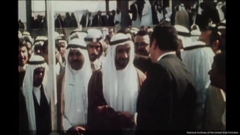 صور نادرة ليوم توقيع اتفاقية الاتحاد في الإمارات - صورة ٩-