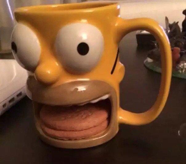 تصميم عجيب لكوب القهوة