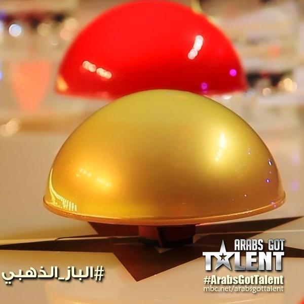 #احمد_حلمي يضغط #الباز_الذهبي و فريق Tiesto مباشرة الى مرحلة النهائيات! ألف مبروك! #ArabsGotTalent