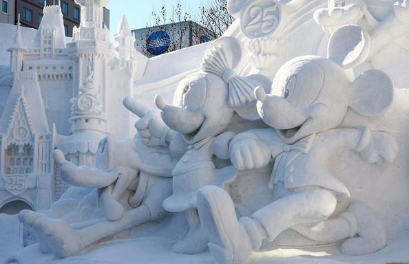 فن النحت بالثلج صوره رقم 2 #عاصفة_هدى