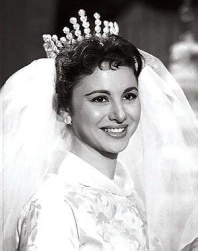 توفيت الفنانة #فاتن_حمامة عن 84 عاما بعد تعرضها لسكتة قلبية #مشاهير