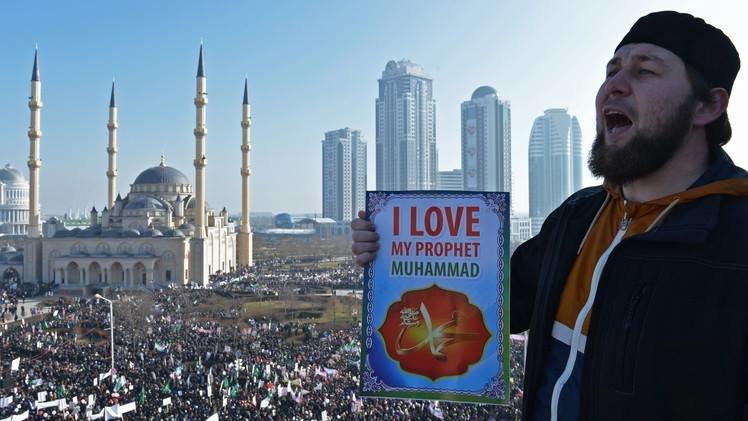 #صور مظاهرة مليونية في# الشيشان احتجاجا على رسوم #شارلي_إيبدو صوره رقم 1