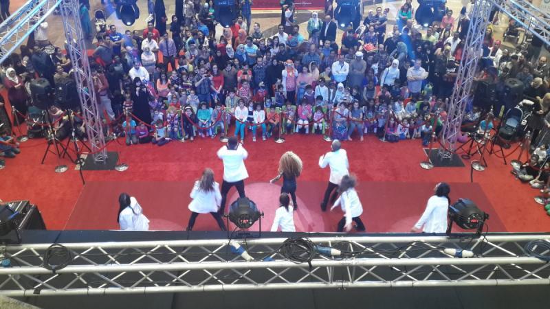 عرض رقصات الأطفال في فيستيفال سيتي سنتر #دبي