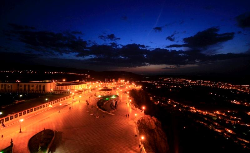 قمة لا لاستي في الليل - تلمسان - الجزائر