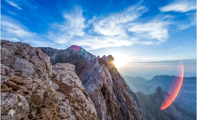 قمة جبل تيكجدة - الجزائر