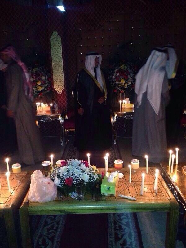 صورة متداولة ﻷحد الأعراس بعد انقطاع الكهرباء #الكويت #انقطاع_الكهرباء_بالكويت #انقطاع_الكهرباء