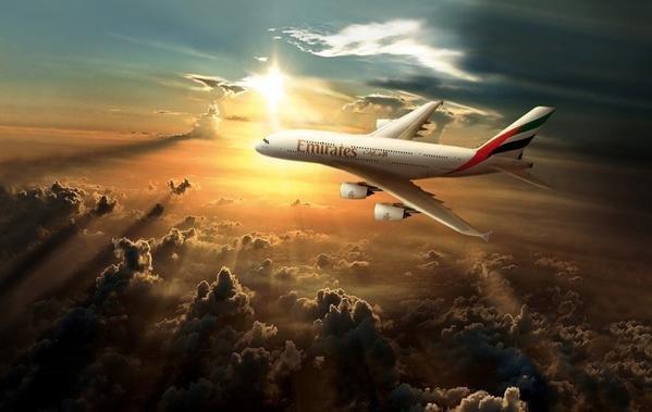 طيران #الامارات تفكر في طلب شراء 200 طائرة جديدة من طراز ايه 380 في حال قيام ايرباص بإجراء تحديثات عليها #دبي