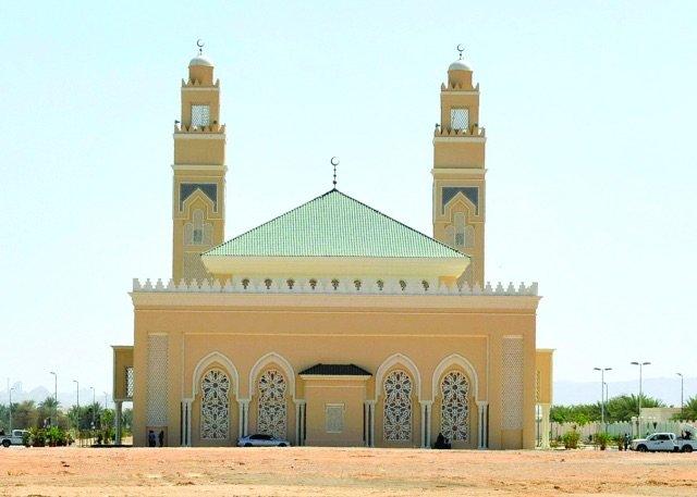 سمو الشيخ سيف بن زايد يفتتح مسجد الشيخ أحمد بن زايد رحمه الله في العين - صورة ٤