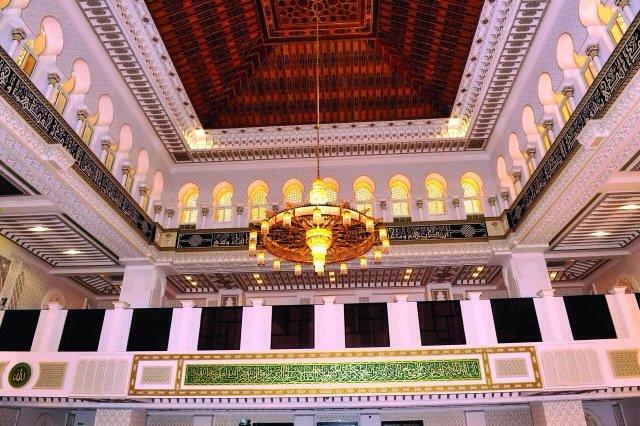 سمو الشيخ سيف بن زايد يفتتح مسجد الشيخ أحمد بن زايد رحمه الله في العين - صورة ٥