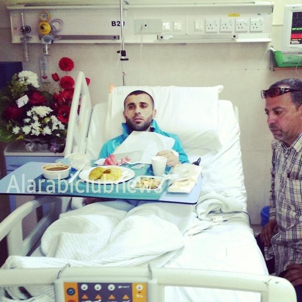 صورة #أحمد_هايل يتناول وجبة غداءه بشكل طبيعي وهو بحاجة للراحة #دعواتكم_لأحمد_هايل