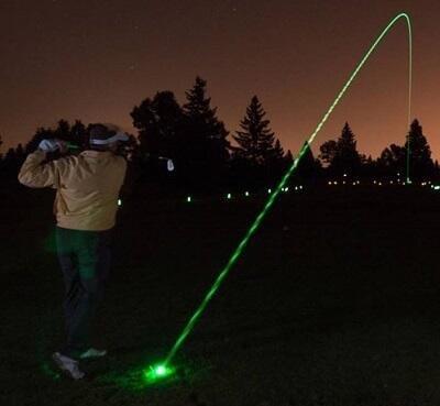 كرة جولف مضيئة للعب ليلا