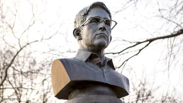 تمثال لإدوارد سنودن في حديقة بنيويورك #غرد_بصوره