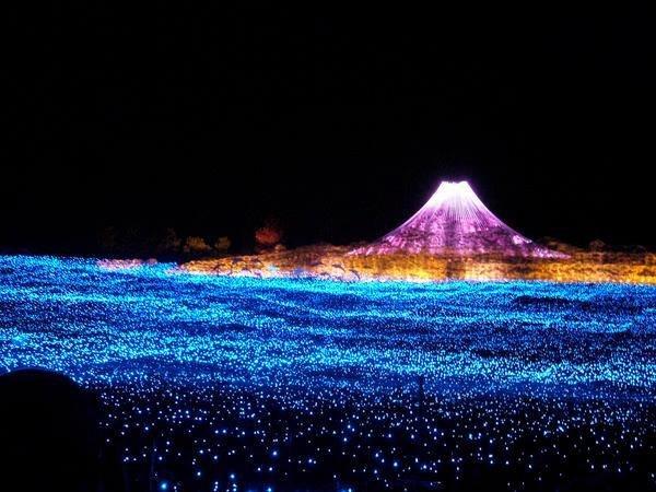 مهرجان ضوء الشتاء في ولاية ماي اليابانية
