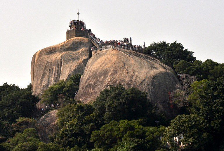 جزيرة قولانغيو أجمل المشاهد الخلابة صخرة ضوء الشمس #الصين