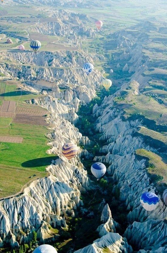 صورة من مهرجان المناطيد في #تركيا