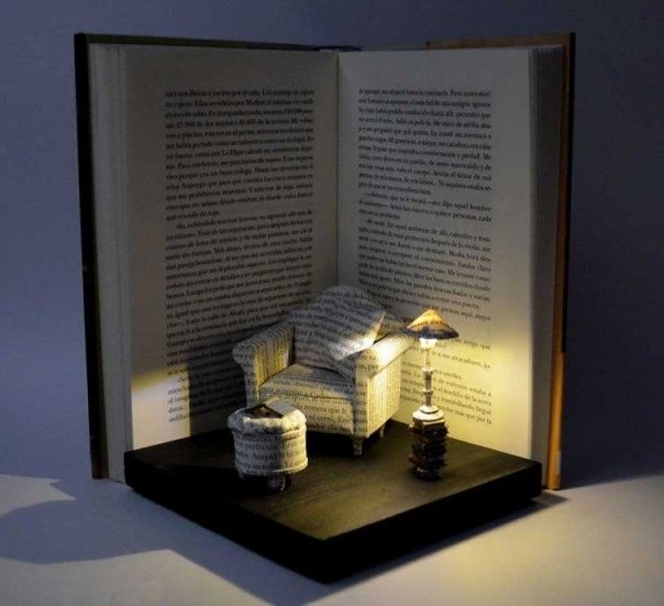 منحوتات مبدعة باستخدام كتب - صورة ١٠