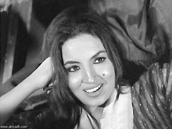 صور #قديمة للفنانة #سميرة_توفيق #مشاهير - صورة 2