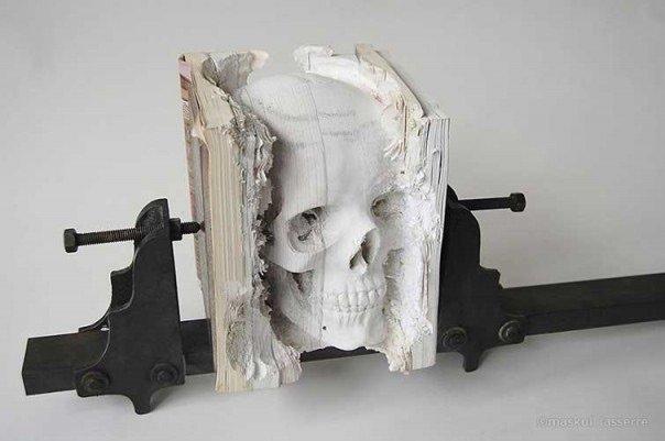 منحوتات مبدعة باستخدام كتب - صورة ١١