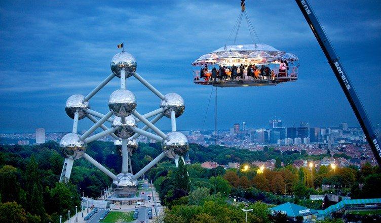 #مطاعم عشاء في الجو – #بروكسل #بلجيكا Dinner in the sky