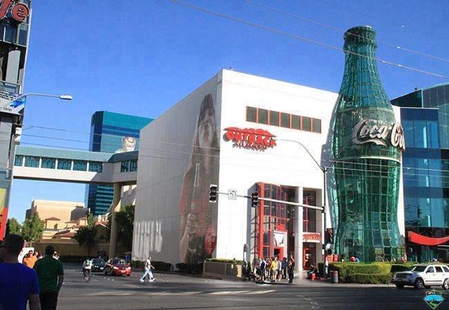 مبنى كوكاكولا فى أمريكا #غرد_بصوره- صورة 1