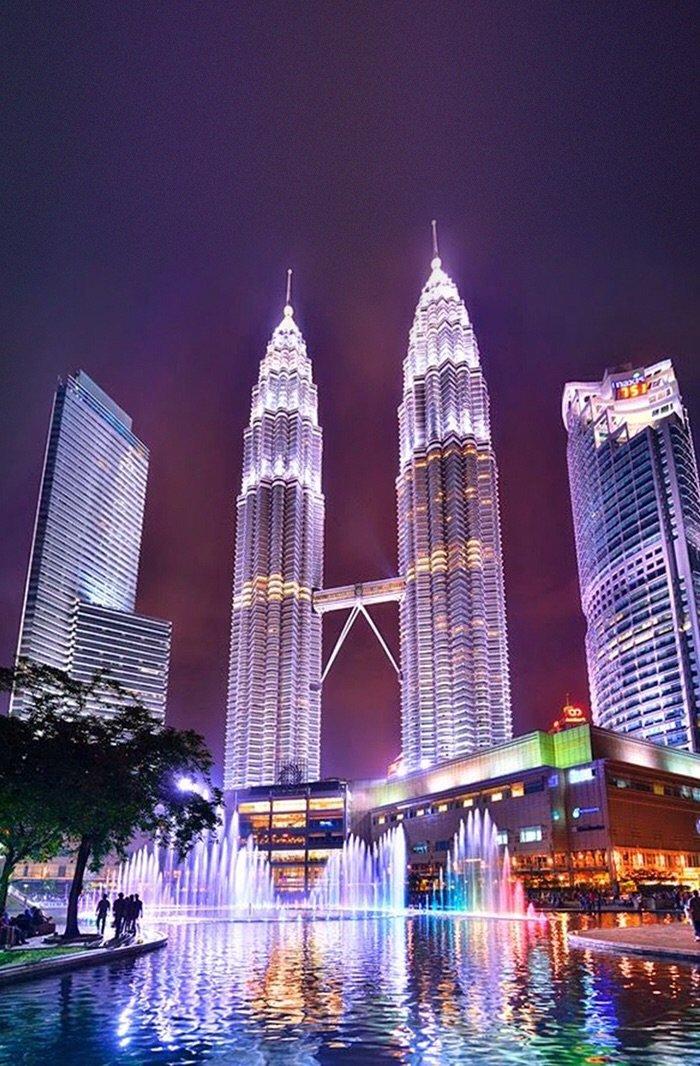أبراج بتروناس في #ماليزيا
