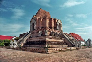 وات تشيدي لوانغ في مدينة #شيانج_ماي #تايلاند