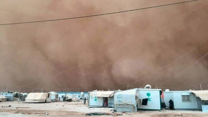 عاصفه الرمليه على مخيم الزعتري #عمان
