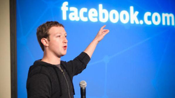 مؤسس #فيسبوك #مارك_زوكربيرج مصاب بعمى الألوان ولذلك تم تصميم فيسبوك باللون الأزرق لانه يستطيع تمييزه #هل_تعلم
