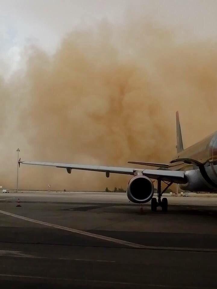 صوره عاصفة رملية في #عمان #العاصفه_الرمليه صوره رقم3