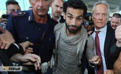 استقبال صلاح في المطار الإيطالي #روما #كوره رقم 1